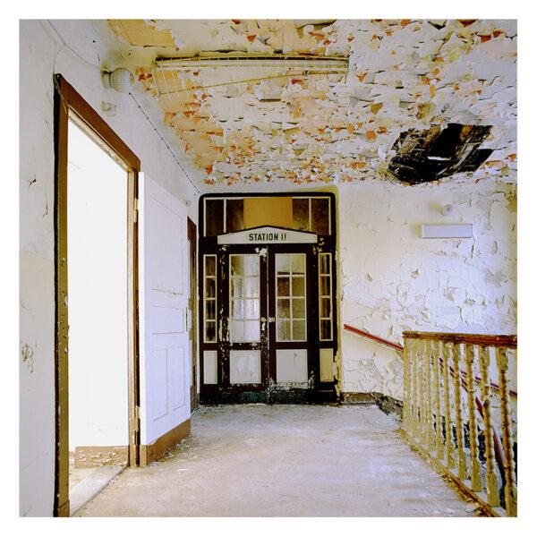 Station II © 2010 Jeanne Fredac